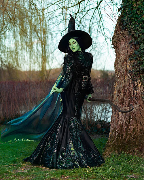 Elphaba from Wicked Cosplay