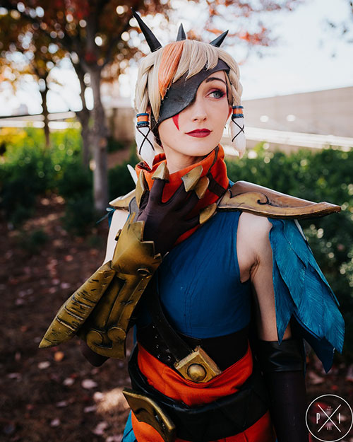 Corsair Quinn from League of Legends Cosplay
