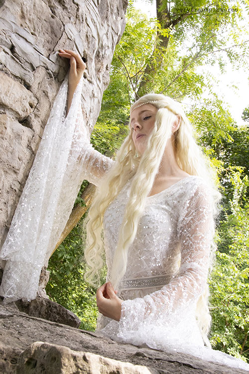 Galadriel from The Lord of the Rings Cosplay