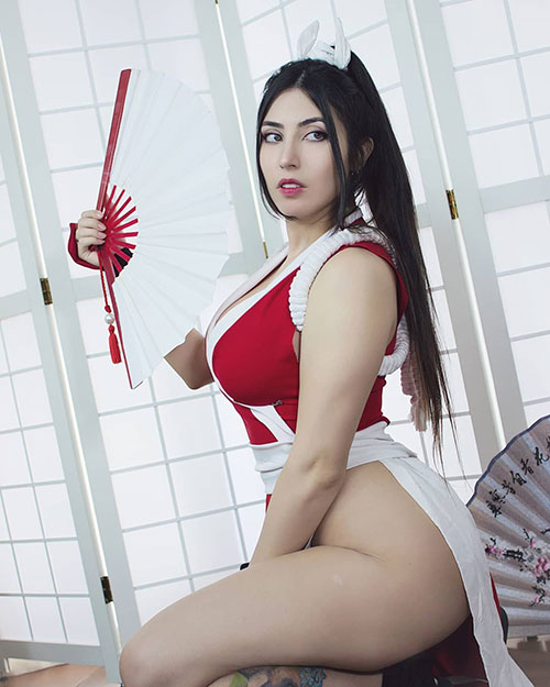 Mai Shiranui from The King of Fighters Cosplay
