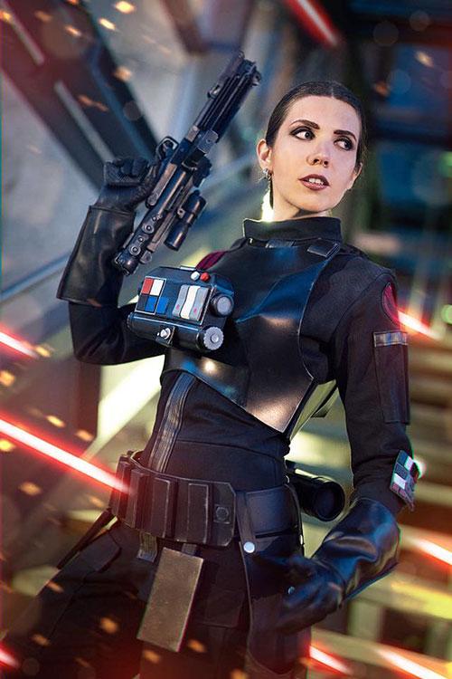 Iden Versio from Star Wars Battlefront II Cosplay