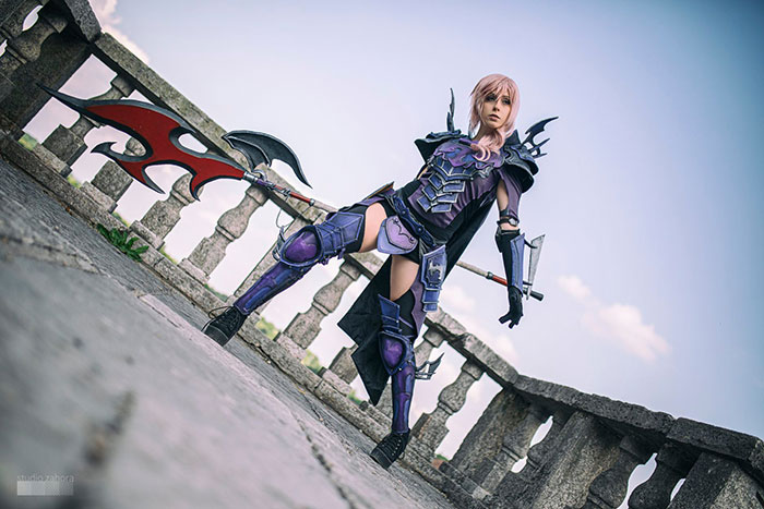 Lightning from Final Fantasy XIII Cosplay