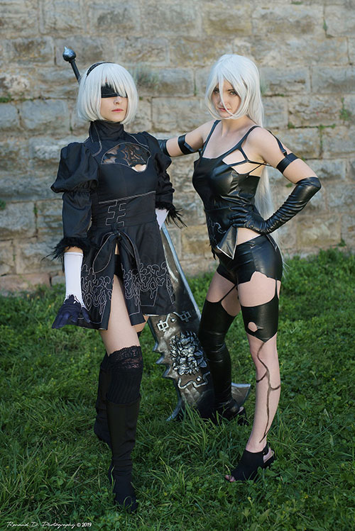 A2 and 2B from Nier: Automata Cosplay
