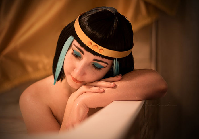 Queen Cleopatra from Asterix and Cleopatra Cosplay