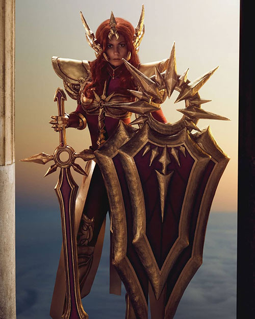 Leona from League of Legends Cosplay