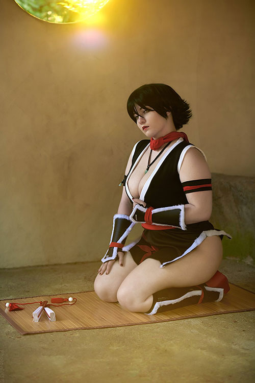 Mai Shiranui from KOF: Maximum Impact Cosplay