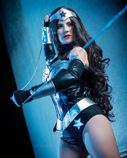 Dark Wonder Woman Cosplay