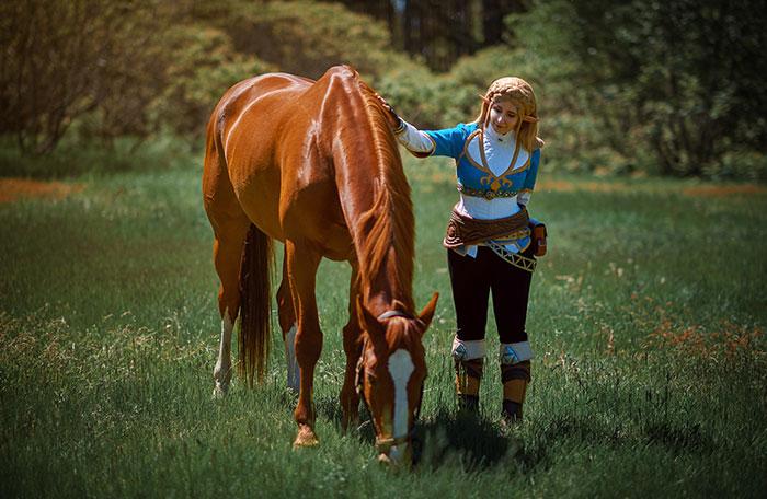 Link & Zelda from Breath of the Wild Cosplay