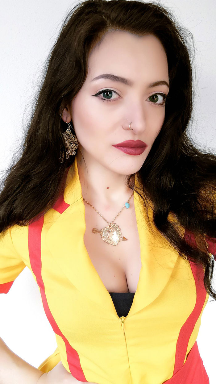 Max from 2 Broke Girls Cosplay