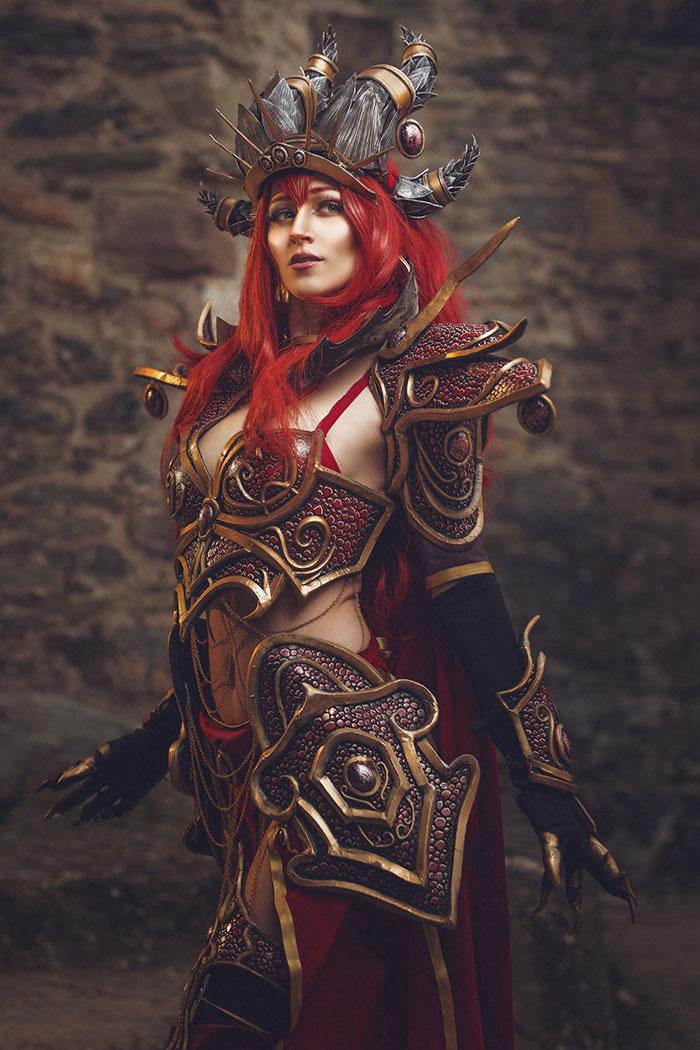 Alexstrasza from World of Warcraft Cosplay