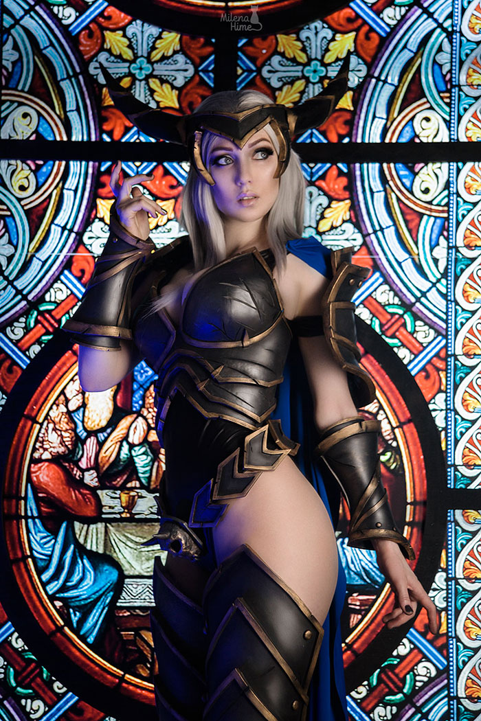 Lady Blaumeux from World of Warcraft Cosplay