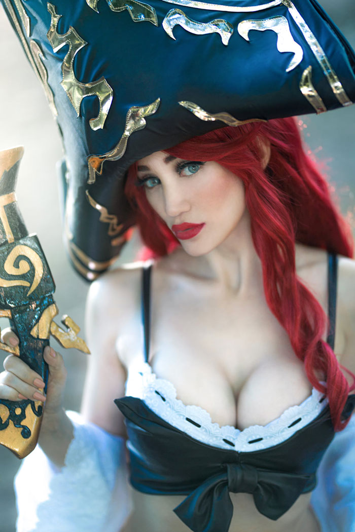 Miss Fortune from League of Legends Cosplay