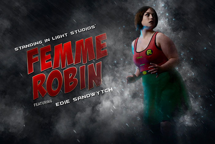 Femme Robin Cosplay