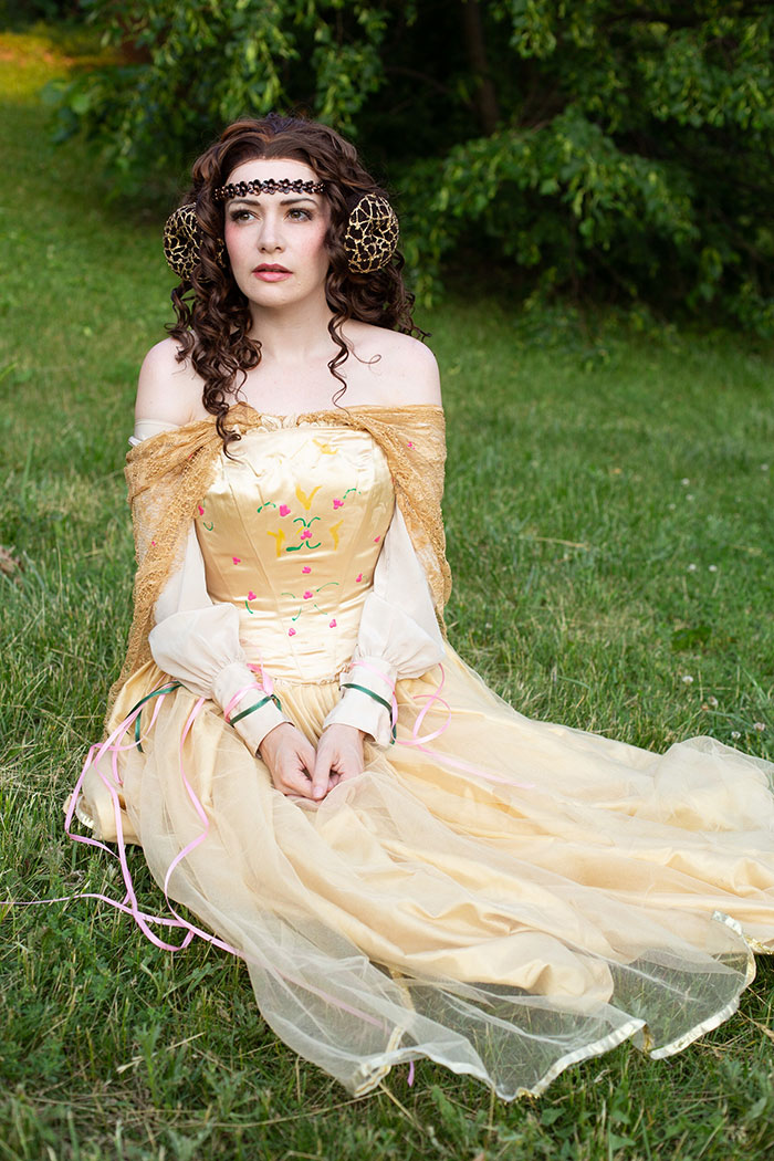 Padme from Star Wars: Attack of the Clones Cosplay