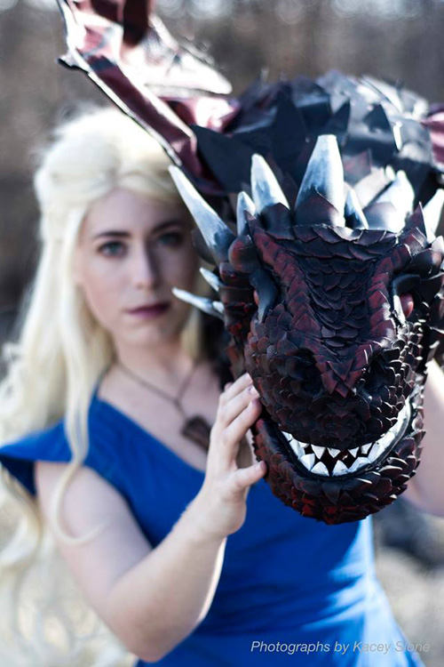 daenerys and dragon cosplay