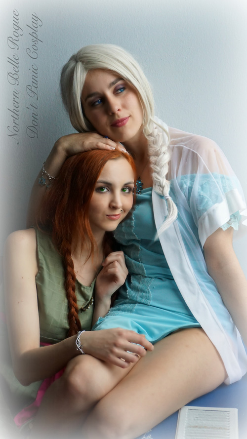 Night Time Frozen Cosplay