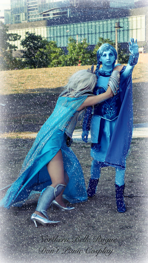 Warrior Elsa & Anna from Frozen Cosplay