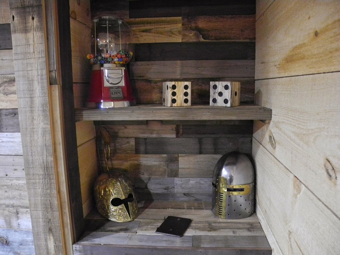 Epic Game Room - The Game Tavern Game-tavern-room-dnd-09