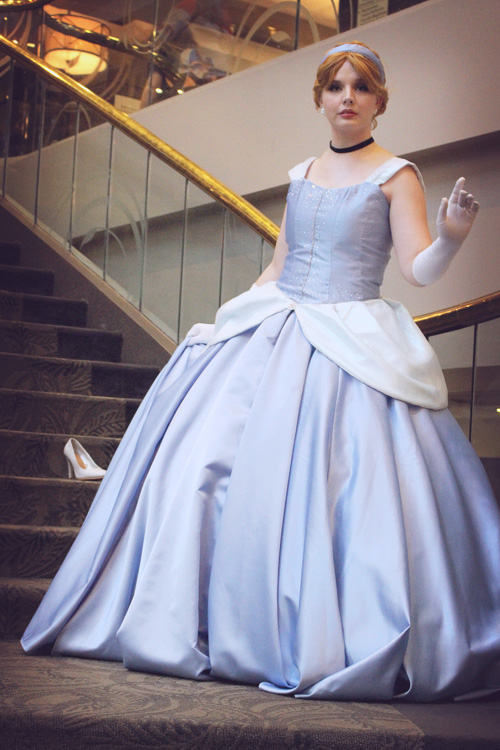 Disneys Cinderella Cosplay