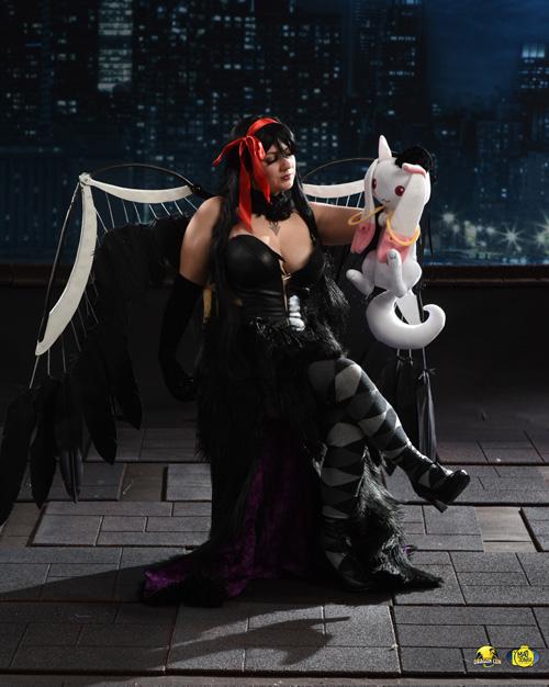 Demon Homura from Madoka Magica Cosplay