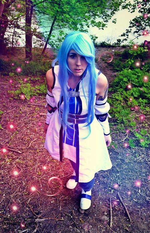 Asuna Yuuki from Sword Art Online Cosplay