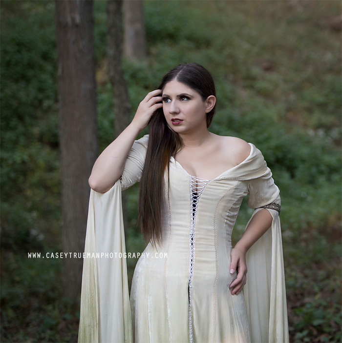 Kahlan from the Sword of Truth/Legend of The Seeker Cosplay