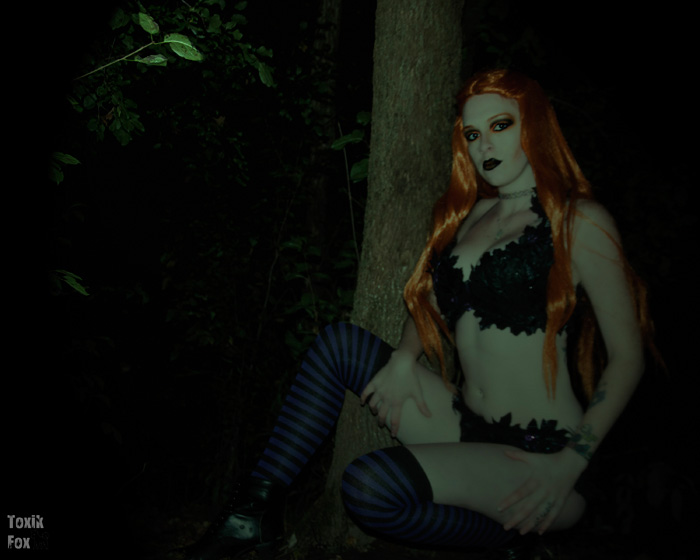 Poison Ivy Halloween Witch Cosplay