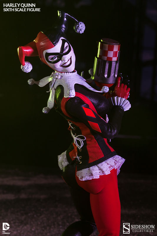 Amazing Harley Quinn Figure