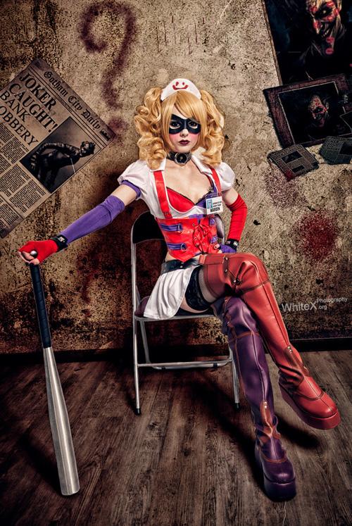 Arkham Asylum Harley Q...