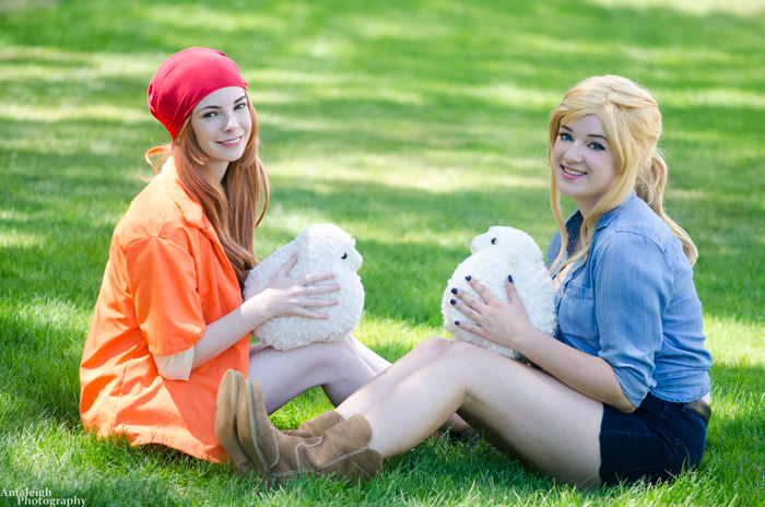 Chelsea & Julia from Harvest Moon Cosplay