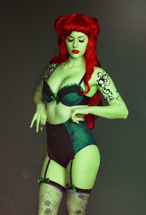 Bombshell Poison Ivy Cosplay