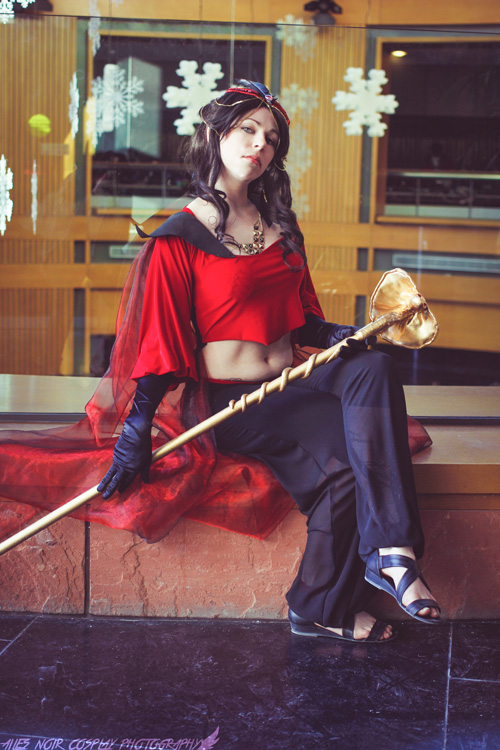 Female Jafar from Aladdin Cosplay
