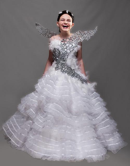Mini Katniss Cosplay