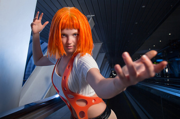 Leeloo Fifth Element Cosplay