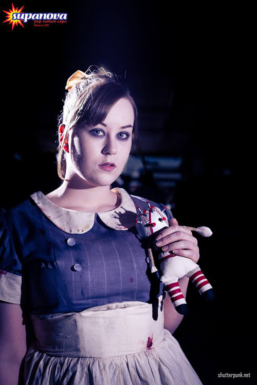 Little Sister from BioShock Cosplay | 500 x 750 jpeg 97kB