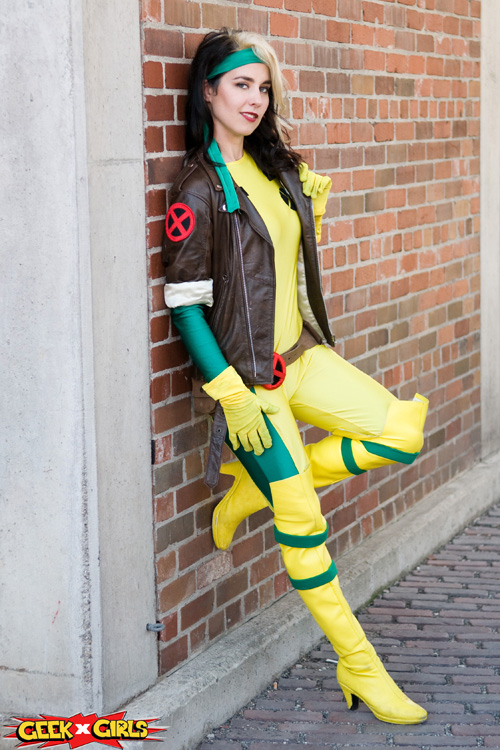 Geek Girls Marvel Cosplays