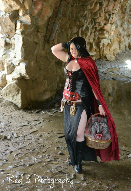 Grimm Fairy Tale Revenge Of Red Riding Hood Shoot