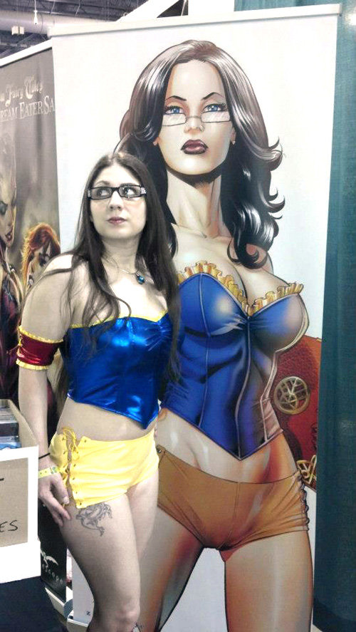 Dr. Sela Mathers of Grimm Fairy Tales Cosplay