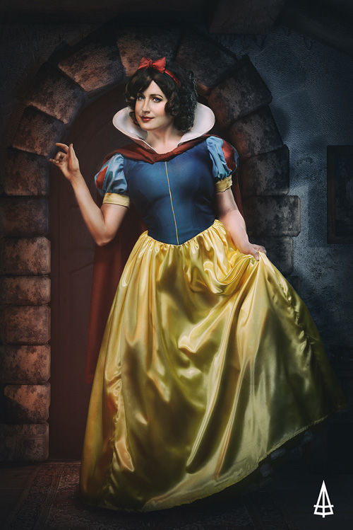Snow White Evil Queen Cosplay