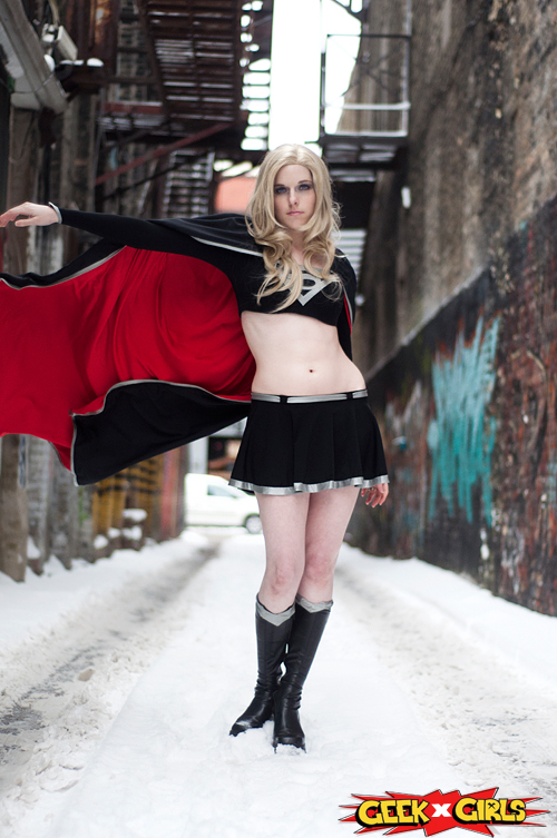 Dark Supergirl Cosplay