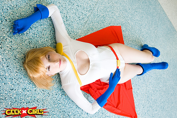 Supergirl & Power Girl Cosplay