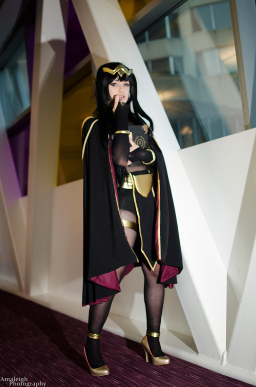 Tharja from Fire Emblem Cosplay