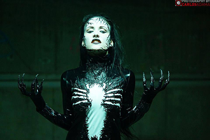 http://geekxgirls.com/images/venom5/bride_of_venom_cosplay_07.jpg